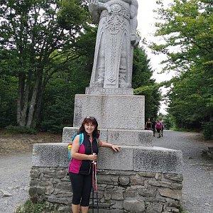 Hanule na vrcholu Radegast (10.8.2019 14:39)