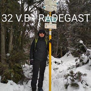Aleš Sýkora na vrcholu Radegast (4.1.2020 11:36)