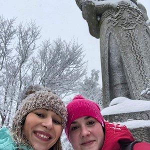 Katka Šimíková na vrcholu Radegast (19.1.2020)