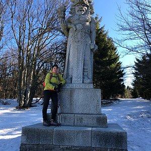 Radka Dubská na vrcholu Radegast (15.3.2020 9:08)