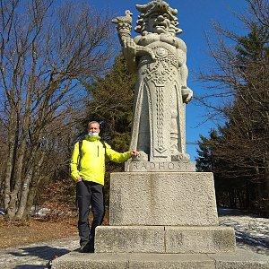 Merkys na vrcholu Radegast (6.4.2020 14:48)