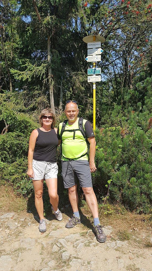 Fido a Myszka na vrcholu Radegast (19.8.2018 12:23)