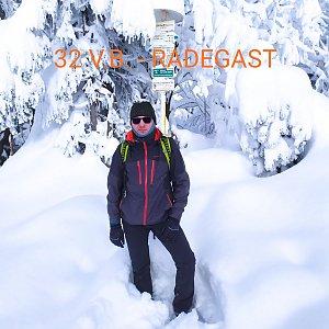 Aleš Sýkora na vrcholu Radegast (17.1.2021 11:32)