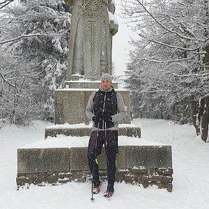 Igor Gluza na vrcholu Radegast (25.1.2021 13:55)