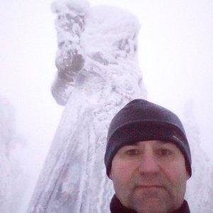 Li Be na vrcholu Radegast (16.1.2019 16:29)