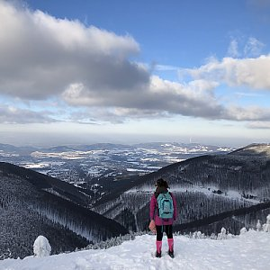 Zuzka Beyerová na vrcholu Radegast (19.1.2019 15:00)