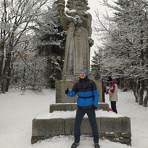 Petr Bartoň na vrcholu Radegast (6.2.2021 15:58)