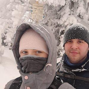 Markéta Čeníková na vrcholu Radegast (13.2.2021 13:10)