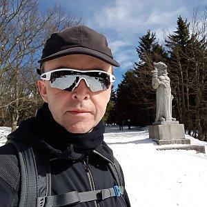 Pavel Skřičík na vrcholu Radegast (17.3.2019 13:10)