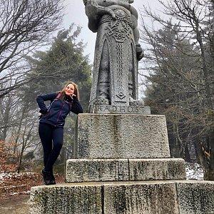 Nicole na vrcholu Radegast (14.4.2019 11:42)