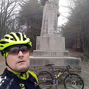 Vítězslav Vrána na vrcholu Radegast (27.4.2019 17:43)
