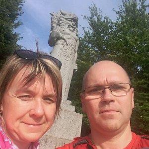 BUKY a IRČA na vrcholu Radegast (17.6.2019 17:48)