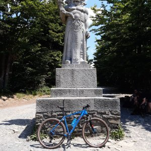 Filip Šimon na vrcholu Radegast (7.7.2021 13:04)