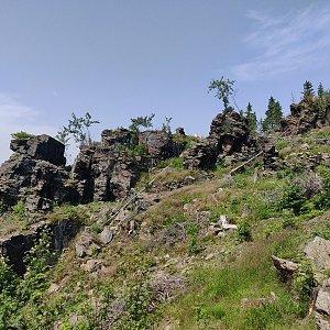 Pavel Martínek na vrcholu Na Strašidlech (13.7.2021 13:02)