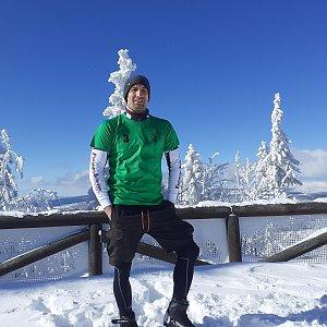 Ráďa Hojdís na vrcholu Poledník (19.2.2021 18:51)