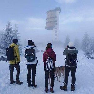 Adéla Luptáková na vrcholu Poledník (3.1.2021 3:10)