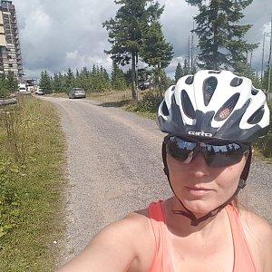 Marcela Kubíčková na vrcholu Poledník (11.8.2021 12:07)