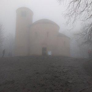 Eliška na vrcholu Říp (3.1.2021 14:00)