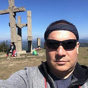 Pery na vrcholu Stratenec (21.4.2019 11:40)
