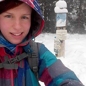 Denisa na vrcholu Skalka (Ondřejník) (16.2.2018 13:55)