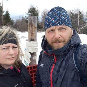 Martin a Jana Halamíčkovi na vrcholu Skalka (25.4.2021 16:23)