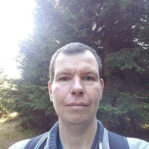 Michal Krčmář na vrcholu Malý Travný (26.10.2019 10:17)