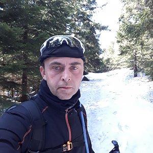 Pavel Skřičík na vrcholu Malý Travný (30.3.2019 9:30)