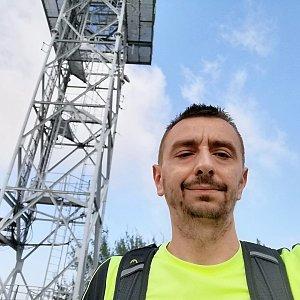 Jan Macháček na vrcholu Malý Javorový (5.9.2021 12:06)