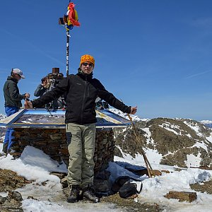 Gajdács Marek na vrcholu Coma Pedrosa (6.5.2019 14:34)