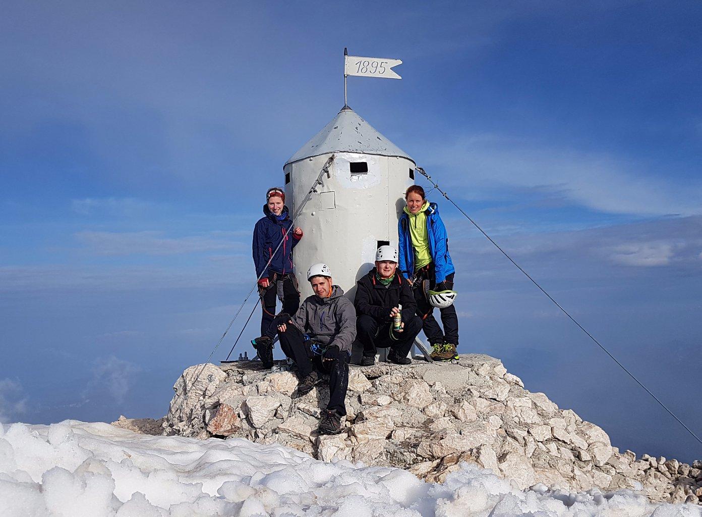 Zrzatica na vrcholu Triglav (16.6.2018 17:00)
