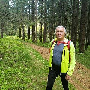 Jaroslav Hrabuška na vrcholu Hřeben (2.6.2021 12:10)