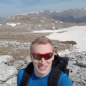 michal čech na vrcholu Sinjal (14.4.2018 14:30)