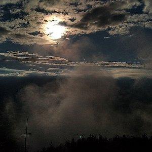 Alžběta Šlosarová na vrcholu Velký Javorník (2.5.2020 7:09)