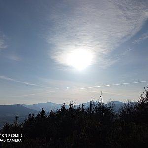 Alžběta Šlosarová na vrcholu Velký Javorník (11.4.2021 7:43)