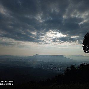 Alžběta Šlosarová na vrcholu Velký Javorník (4.7.2021 6:36)