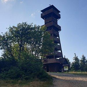 Petr Pepe Peloušek na vrcholu Velký Javorník (29.7.2021 18:14)