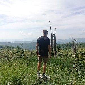 Tomáš Vašíček na vrcholu Javorník - Z vrchol (5.7.2021 10:05)