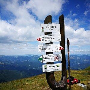 Pepino na vrcholu Veľká Chochuľa (6.7.2019 11:36)