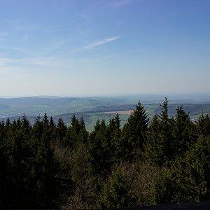 Terez Valčíková na vrcholu Velký Lopeník (18.4.2018 15:00)